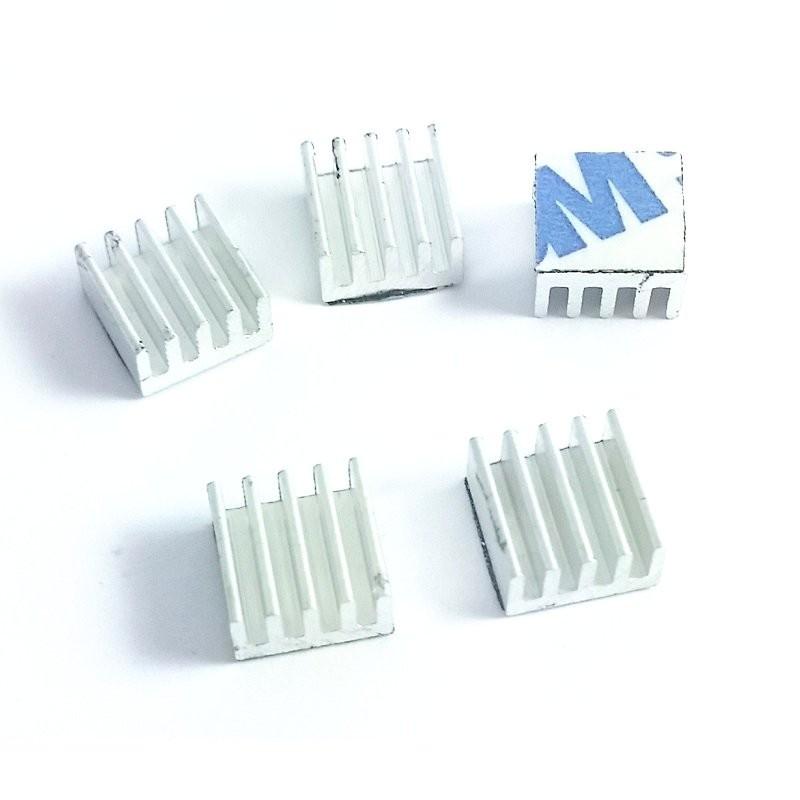 radiateur 9x9x5mm avec adhesif thermique x5